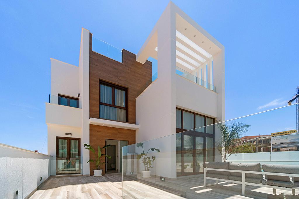 Villas met 3 grote slaapkamers / San Miguel de las Salinas