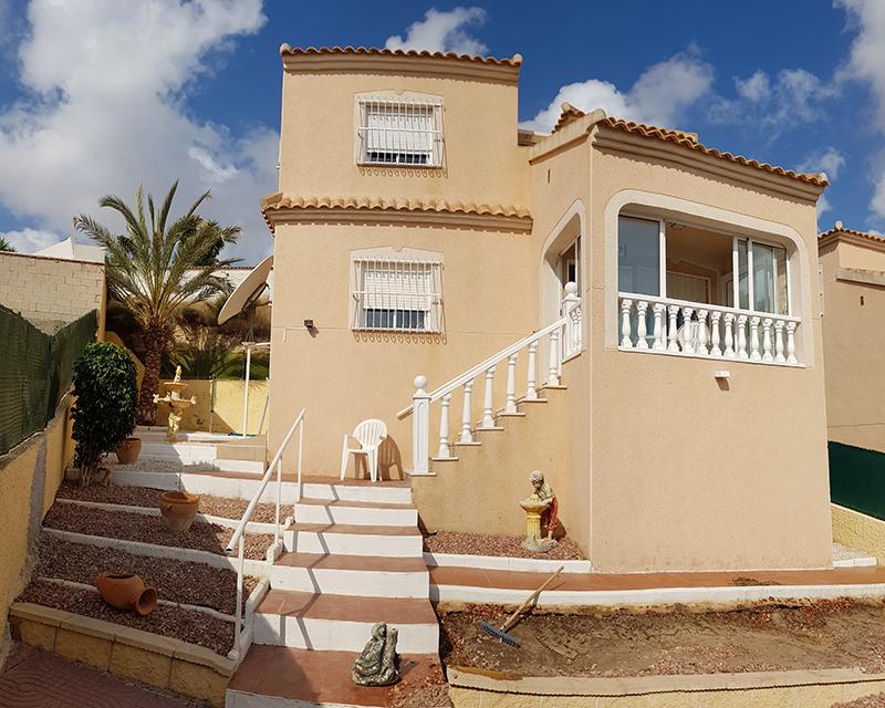 Mooie goed onderhouden villa / Rojales