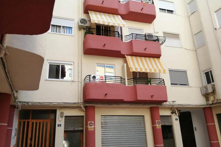Gerenoveerd appartement in Monovar