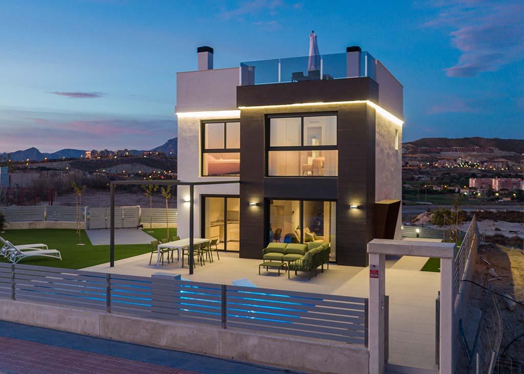 Villa op 10 minuten van het centrum van Alicante