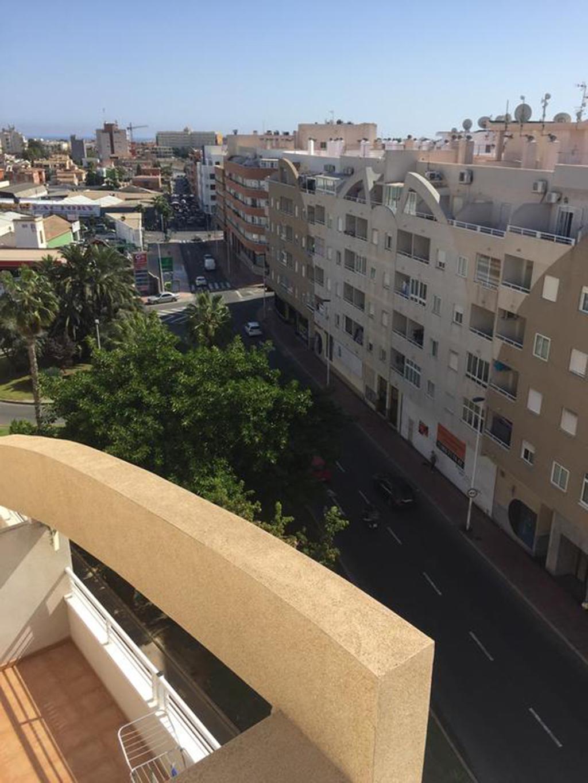 Goed onderhouden appartement / Torrevieja